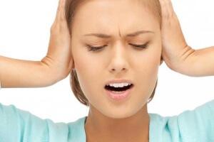 Боль в ухе отдает в висок